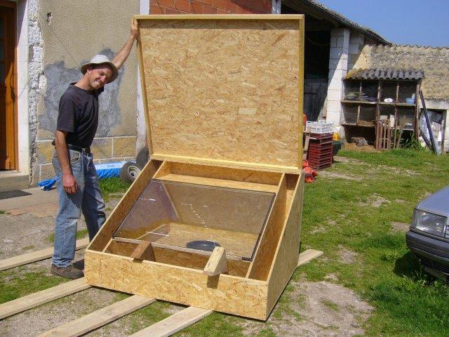 construction d 39 un four solaire la graine de marcimat. Black Bedroom Furniture Sets. Home Design Ideas